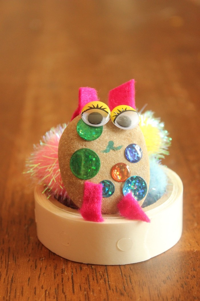 great afternoon activity for the kids - make your own pet rocks