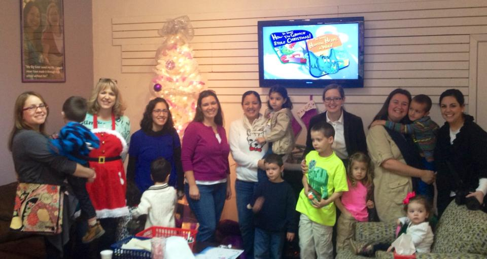 San Antonio Bloggers pay it forward at Big Brothers Big Sisters South Texas donation store From Me To You