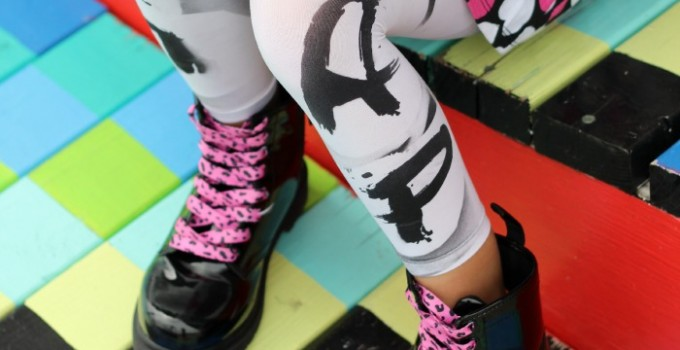 How to Make Graffiti Leggings