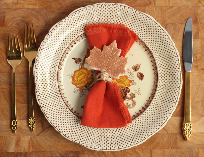 Add a little something special to your fall tablescape or Thanksgiving table settings with this handmade salt dough place card DIY.