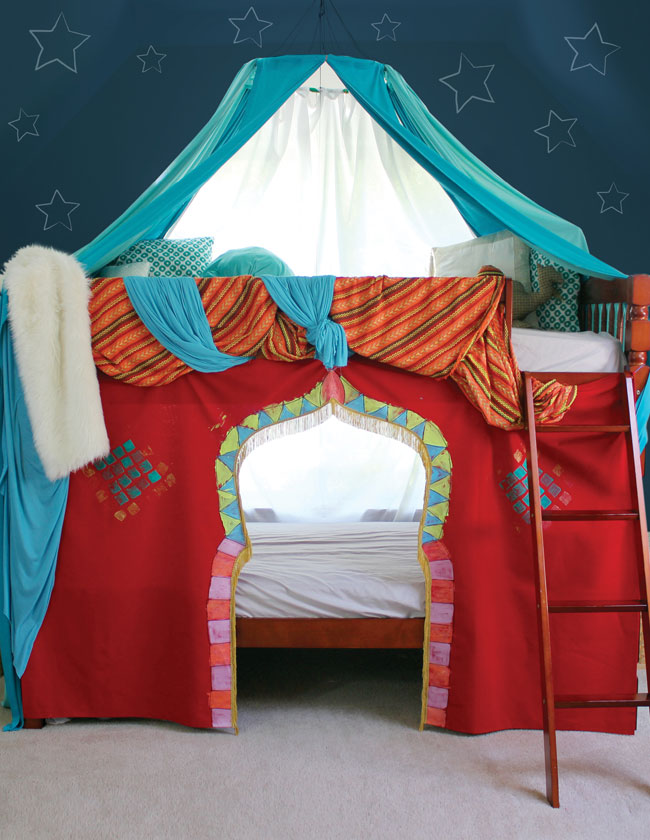 Who wouldn't want to sleep / play / pretend in here!