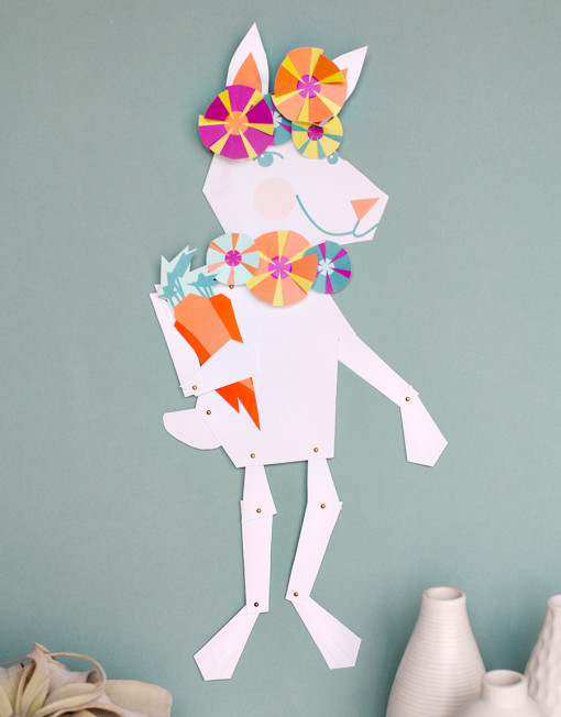 This is the cutest thing I've ever seen! A wall size dress up Easter Bunny, kids can customize with all kinds of accessories. So cute! Via Smallful