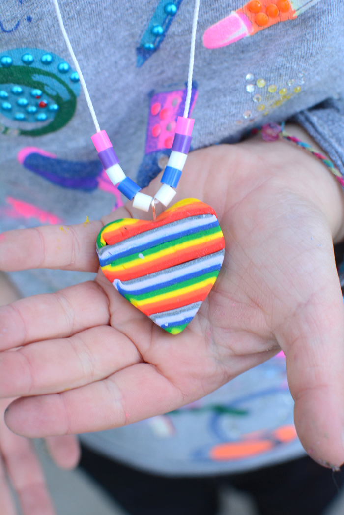 Stuff Kids Love: Rainbow Necklace Craft