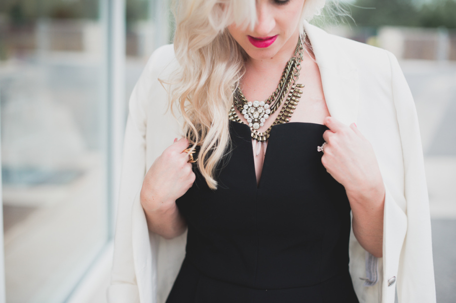 She took a strapless, black jumpsuit and added on a blazer for a chic and stylish look that's perfect for fall!