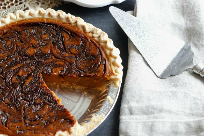 Marbled Nutella Pumpkin Pie .... mmmmm