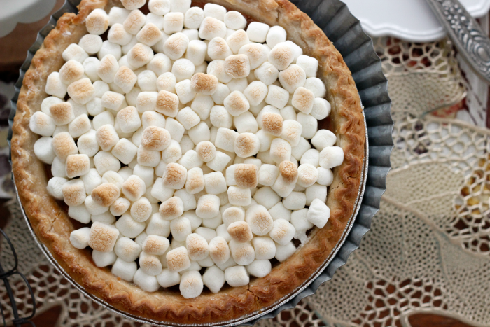 Marshmallows on pumpkin pie -- why didnt I think of that?!