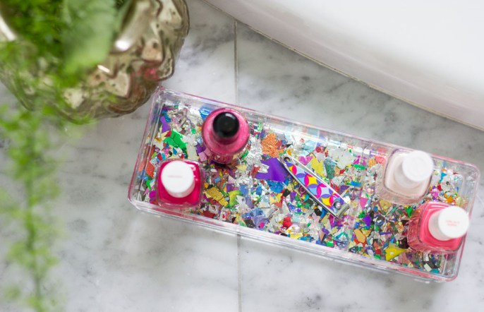 Love this DIY Confetti Tray spotted on thesTORIbook.com