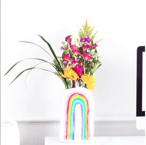 DIY Rainbow Vase