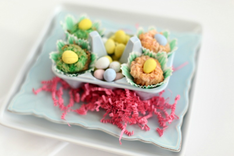 homemade coconut macaroons -- these adorable easer nests are the perfect treat or snack to take to an egg hunt, church event or family gathering. Great for baby showers too!