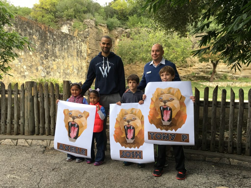 Tony Parker names 3 lion cubs at the San Antonio Zoo