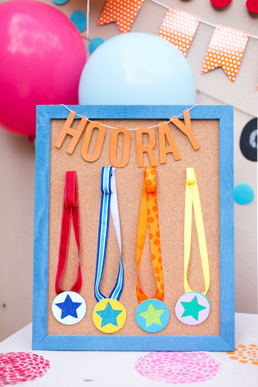 Medals for a kids outdoor field day party, so cute!!